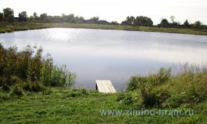 Озеро май 2009 года возле усадьбы Желтухина